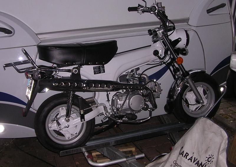 campinganh nger motorrad motorrad standschiene mit b gel. Black Bedroom Furniture Sets. Home Design Ideas